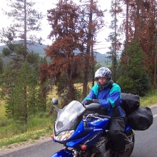 Easy going descent to descent to Grand Lake Lodge, courtesy of Zigy Kaluzny (Chapter 15, Girls Don't Ride Motorbikes)